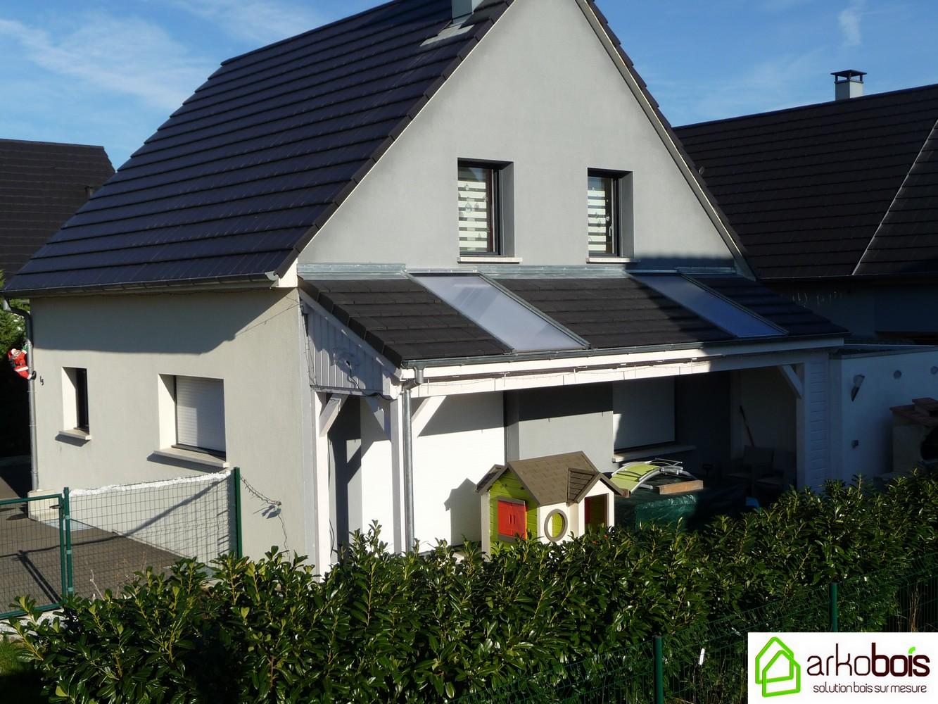 auvent de terrasse en bois top amnagement matriau pour pergola auvent amnagement terrasse. Black Bedroom Furniture Sets. Home Design Ideas