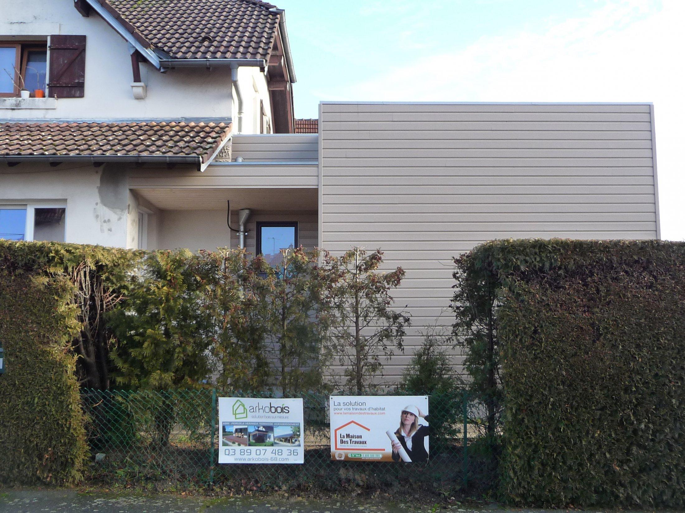 Arkobois notre sp cialit l 39 agrandissement de votre maison for Facade entree maison