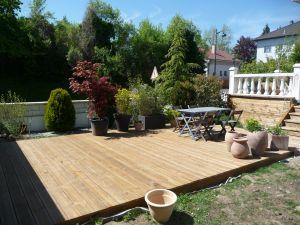 Terrasse pin autoclave marron