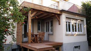 Terrasse Ipé avec toit plat étanchéifié