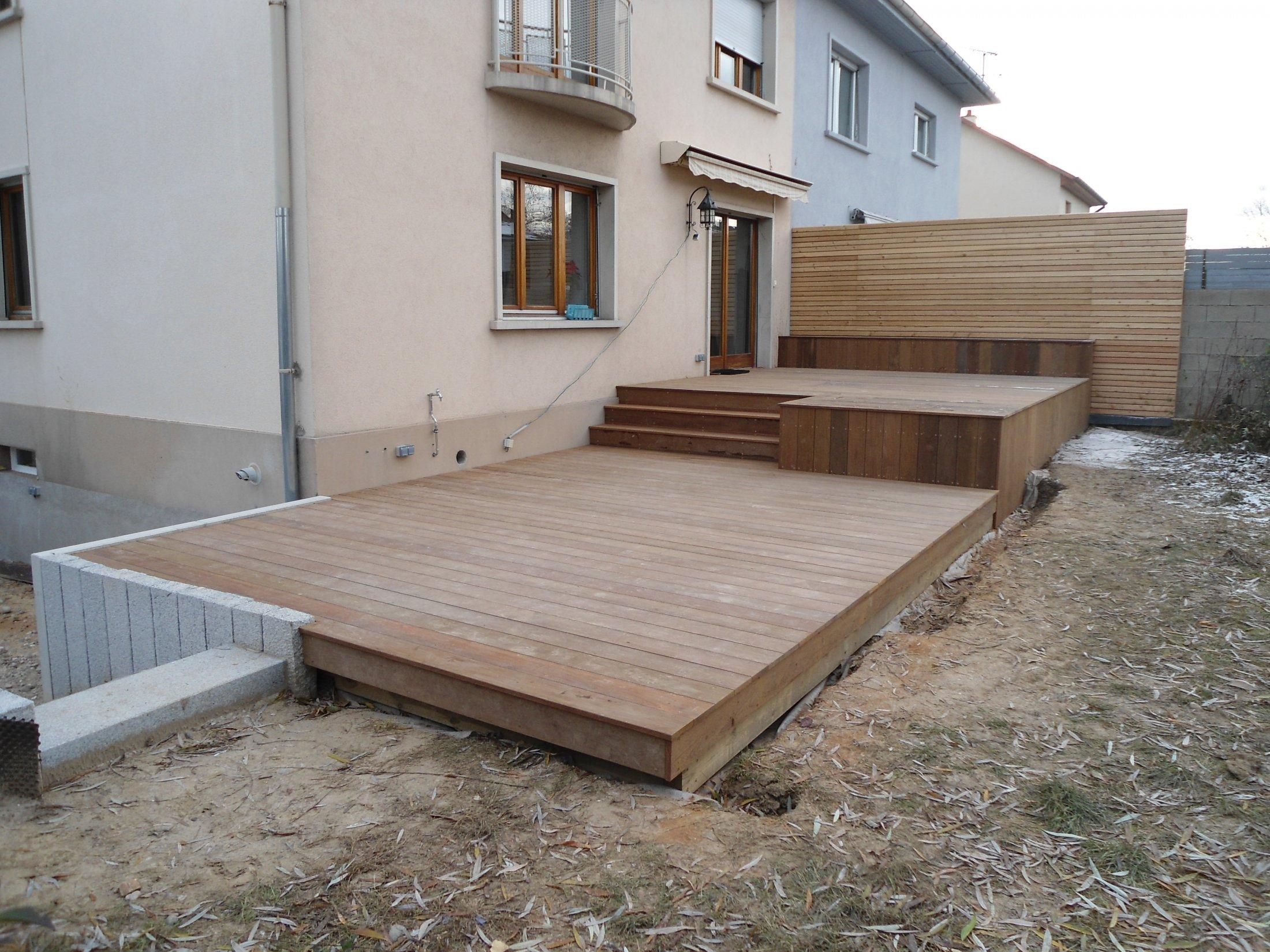 Brise Vue Terrasse Bois arkobois — terrasse ipé avec banc et mur brise vue - arkobois