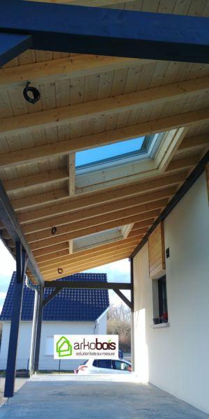 Auvent avec 2 fenêtres de toit